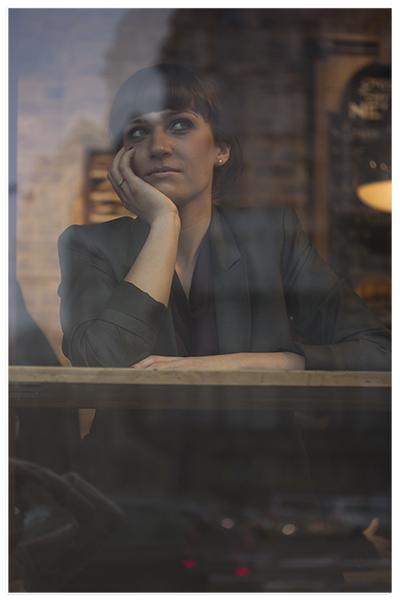 fotografia portretowa warszawa, portret kobiety warszawa, portret kobiecy, naturalna sesja kobieca, sesja plenerowa warszawa, fotografia portretowa warszawa, plener, plener miejski, plener naturalny